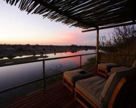 Leroo La Tau Bush Lodge