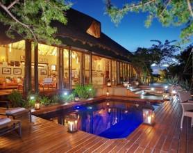 Bayethe Tented Lodge – Shamwari Game Reserve