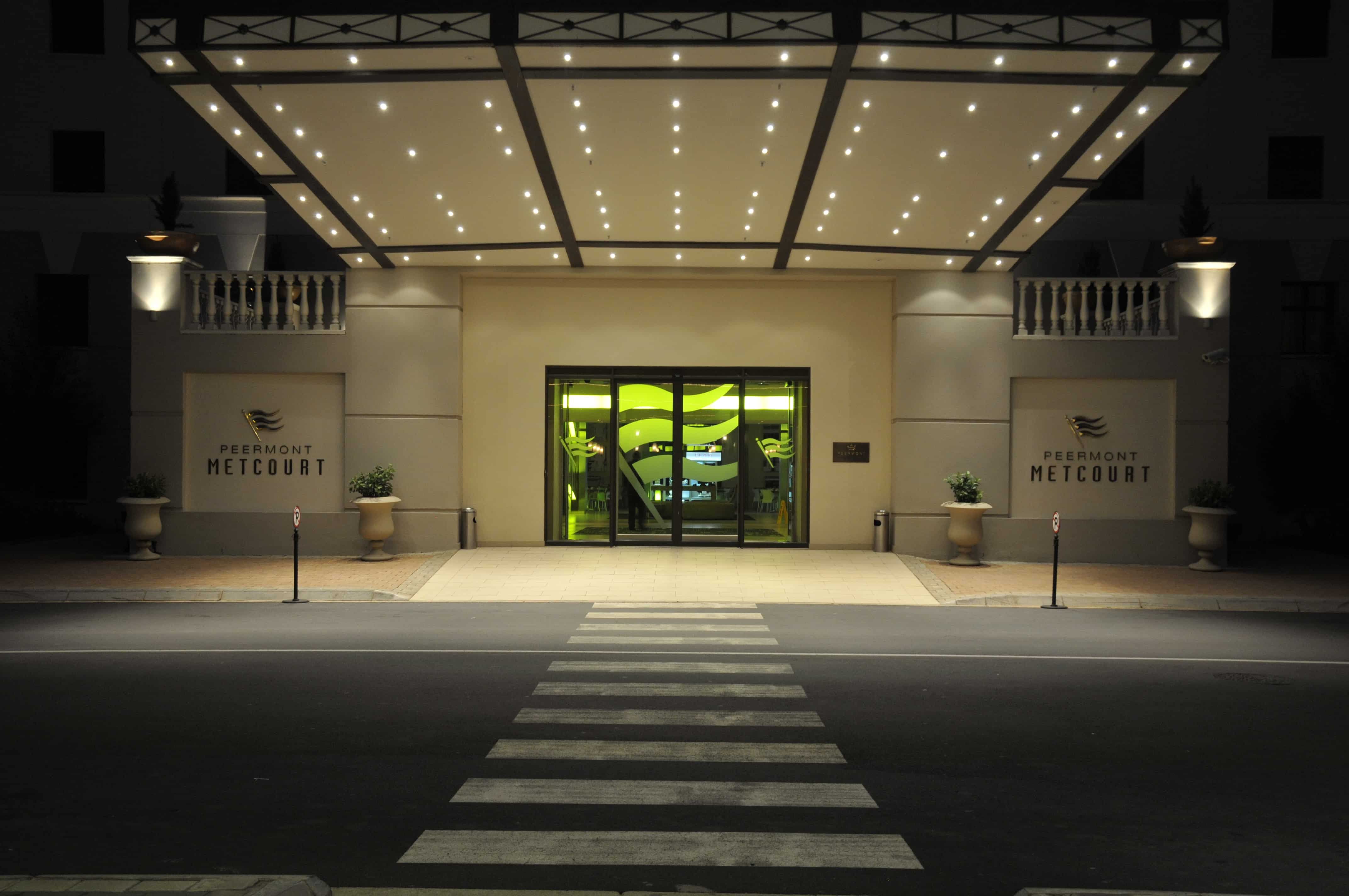 Peermont Metcourt Hotel at Emperors Palace