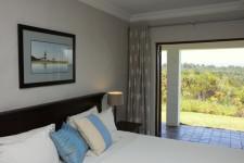 Fynbos Ridge Cottage Bedroom 225 x 1503