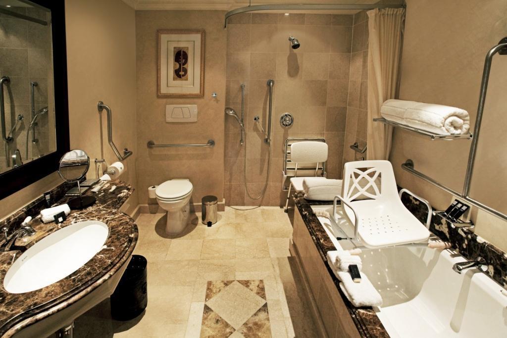Intercontinental johannesburg or tambo airport southern for Bathroom decor johannesburg