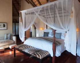 RoyalMadikwe-Luxury Suite-001