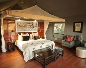 Honeymoon room1
