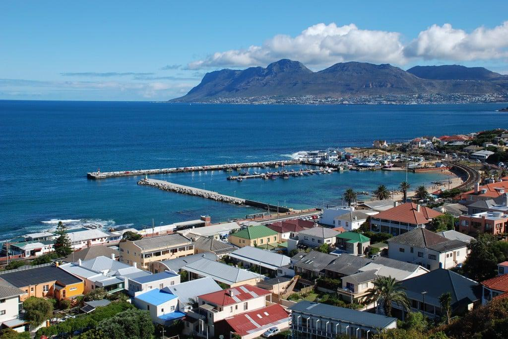 Kalk-Bay-harbour-view