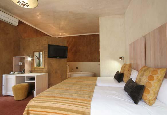 african rock hotel
