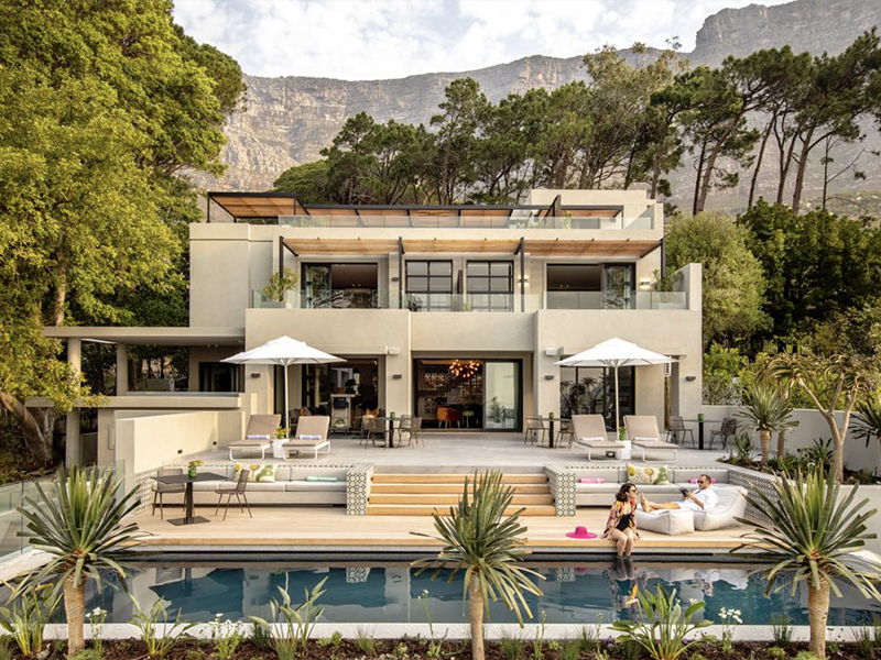 Camissa House with Table Mountain in the background